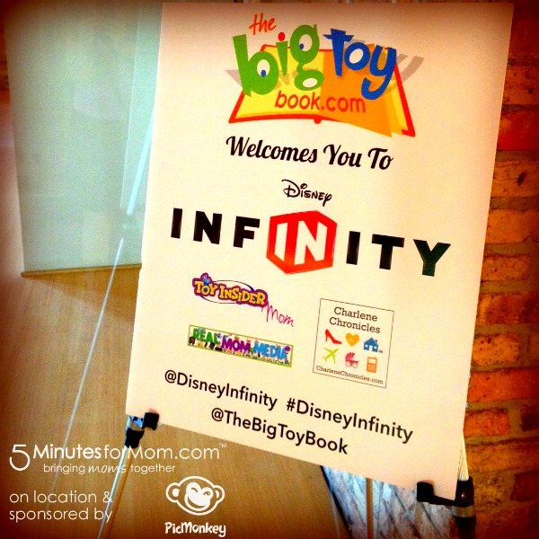 disneyinfinity-thebigtoybook