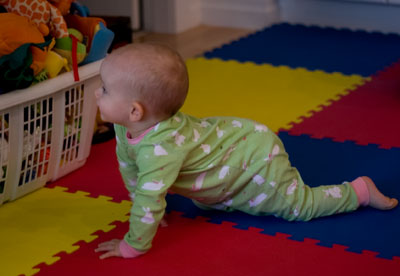 Wordless Wednesday – Did I mention I can crawl?