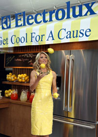 We asked Kelly Ripa why she's selling lemonade…
