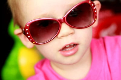 ww-liv-sunglasses-oct-09
