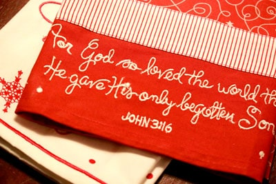 Jesus is the Gift, Snowflake Home Collection