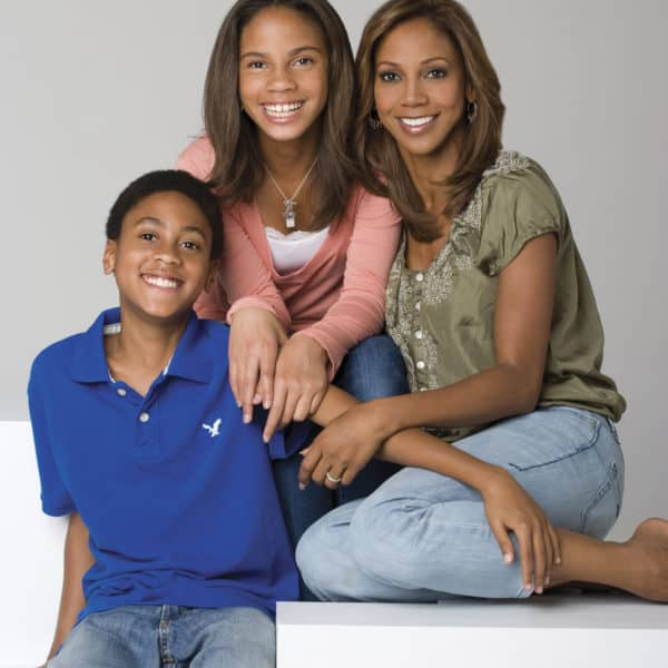 Holly Robinson Peete Fights for Autism on Celebrity Apprentice