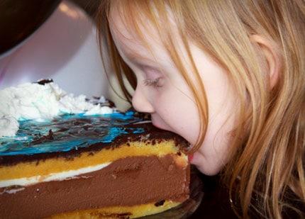wordless-wednesday-julia-eating-cake