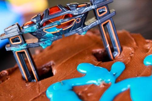 How to Make a TRON Birthday Cake