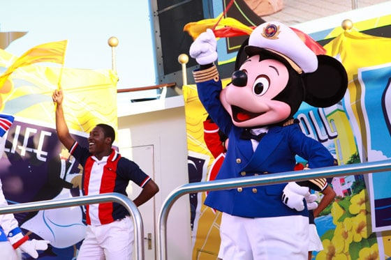 Disney Dream - Deck Party with Mickey