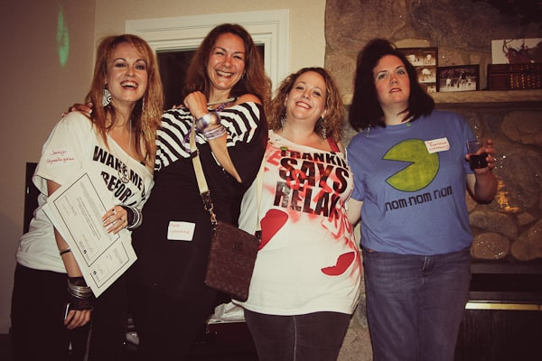 80s costume party with Momzshare
