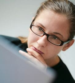 woman-laptop-office