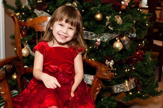 Christmas-holiday-photo-Sophia