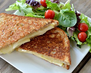 Grilled Havarti and Apple Sandwich
