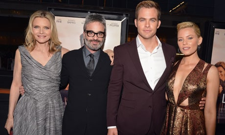 Michelle Pfeiffer, Director Alex Kurtzman, Chris Pine, Elizabeth Banks - People Like Us