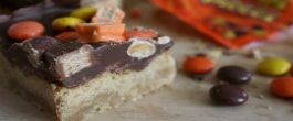 Thumbnail image for Leftover Halloween Candy? Make Shortbread Candy Bars (With Recipe Linky)