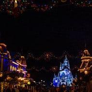 Wordless Wednesday — Christmas on Main Street in Walt Disney World