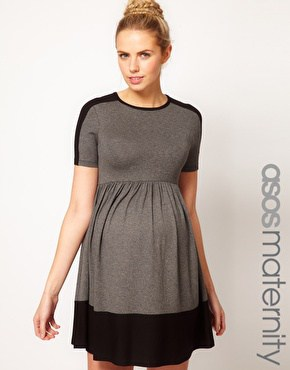 or this one which would be a great christmas party dress - Christmas Maternity Dresses