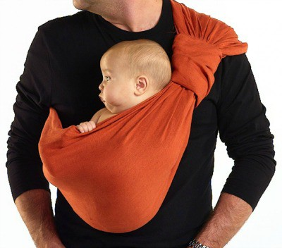 Sakura Bloom Baby Sling: A Snuggly Ride for Mommy and Baby