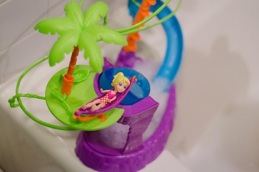 Polly Pocket® Zip 'n Splash Playset
