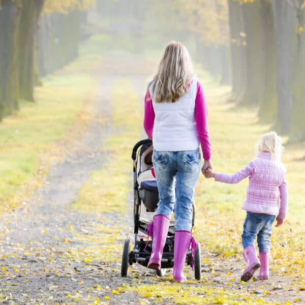 10 Tips for Walking for Exercise with Young Children