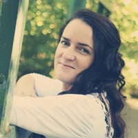 Anna Hettick Headshot