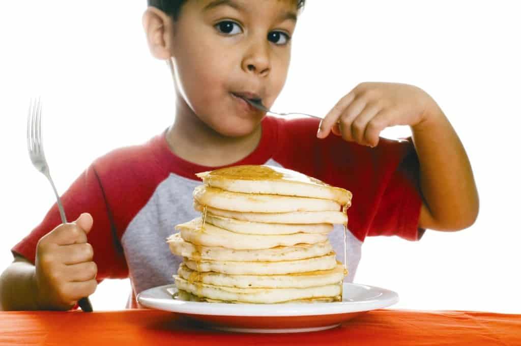 kid-eating-pancakes