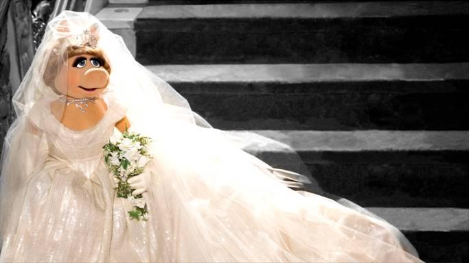 Miss Piggy Wedding Dress