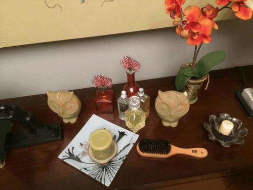Derek and Meredith's Bedroom Dresser Meredith - #ABCTVEVENT