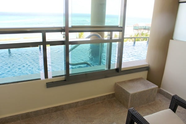 pool access rooms