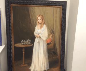 General Hospital Set Tour #ABCTVEVENT - Laura Portrait