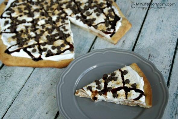 S'mores Dessert Pizza / by Busy Mom's Helper for 5MinutesForMom.com #DessertPizza #Smores