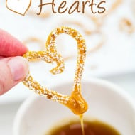 Pumpkin Pancake Hearts – Dipping Sweetness #PancakeParty