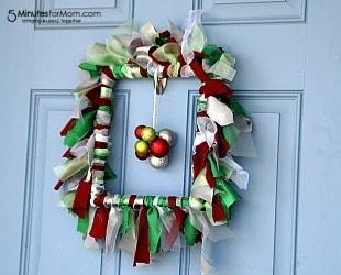 DIY Holiday Ruffle Wreath
