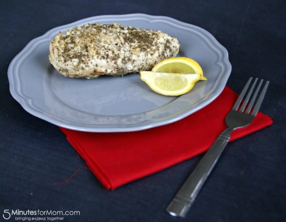 Juicy Garlic Sage Chicken with Lemon / by Busy Mom's Helper for 5MinutesforMom.com #chicken #easyrecipes