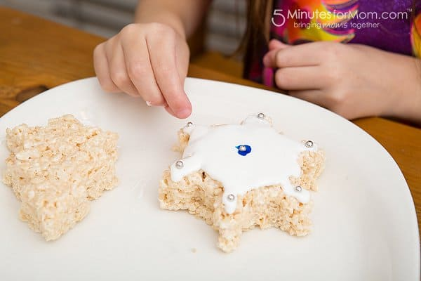 Rice Krispies Treats kids decorating