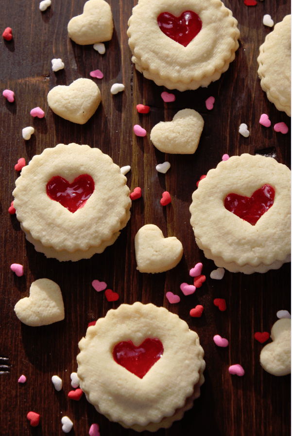 Red-Heart-Valentines-Day-Cookies - Tammilee Tips