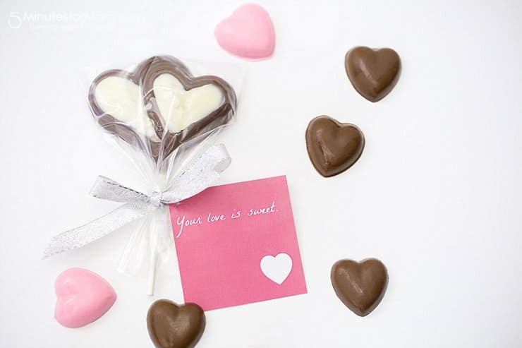 DIY Valentine\'s Gifts with Free Printables