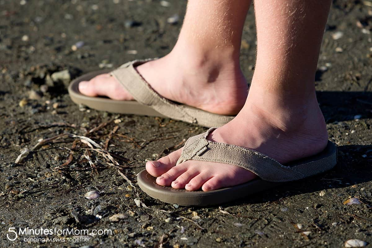 Crocs® Santa Cruz Mens Flip-Flop