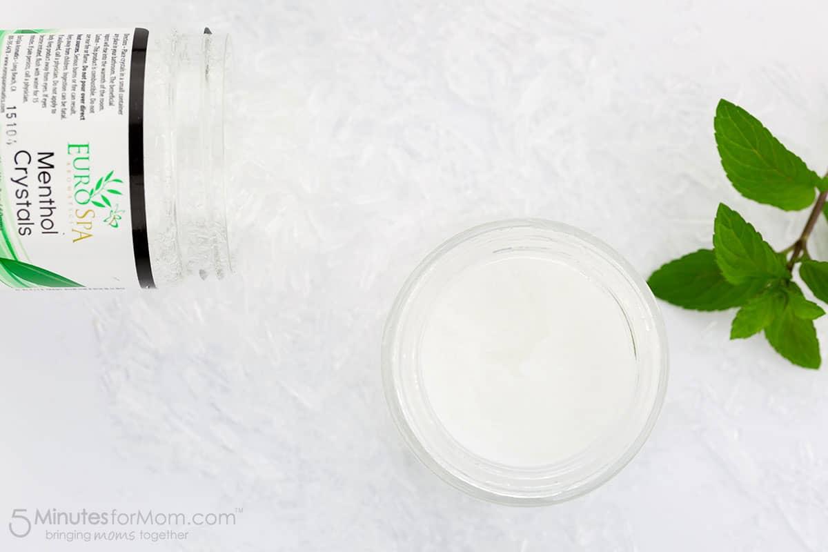 How to Make Menthol Rub