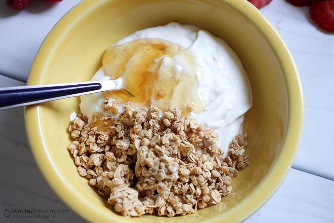 Delicious and Healthy Breakfast Bowl with Chobani Greek Yogurt-5