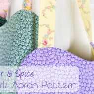 Free Girls Apron Pattern and Tutorial #LHOTPFabrics #LittleHouseMoment
