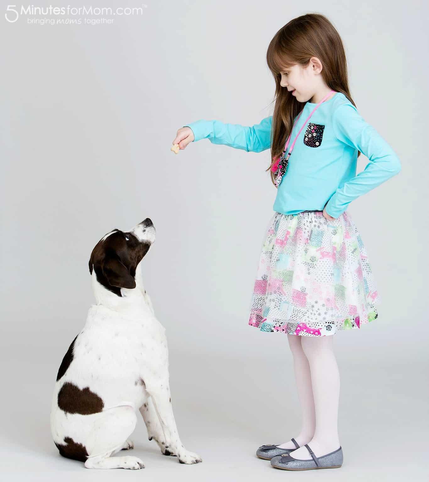 Sophia wearing Souris Mini