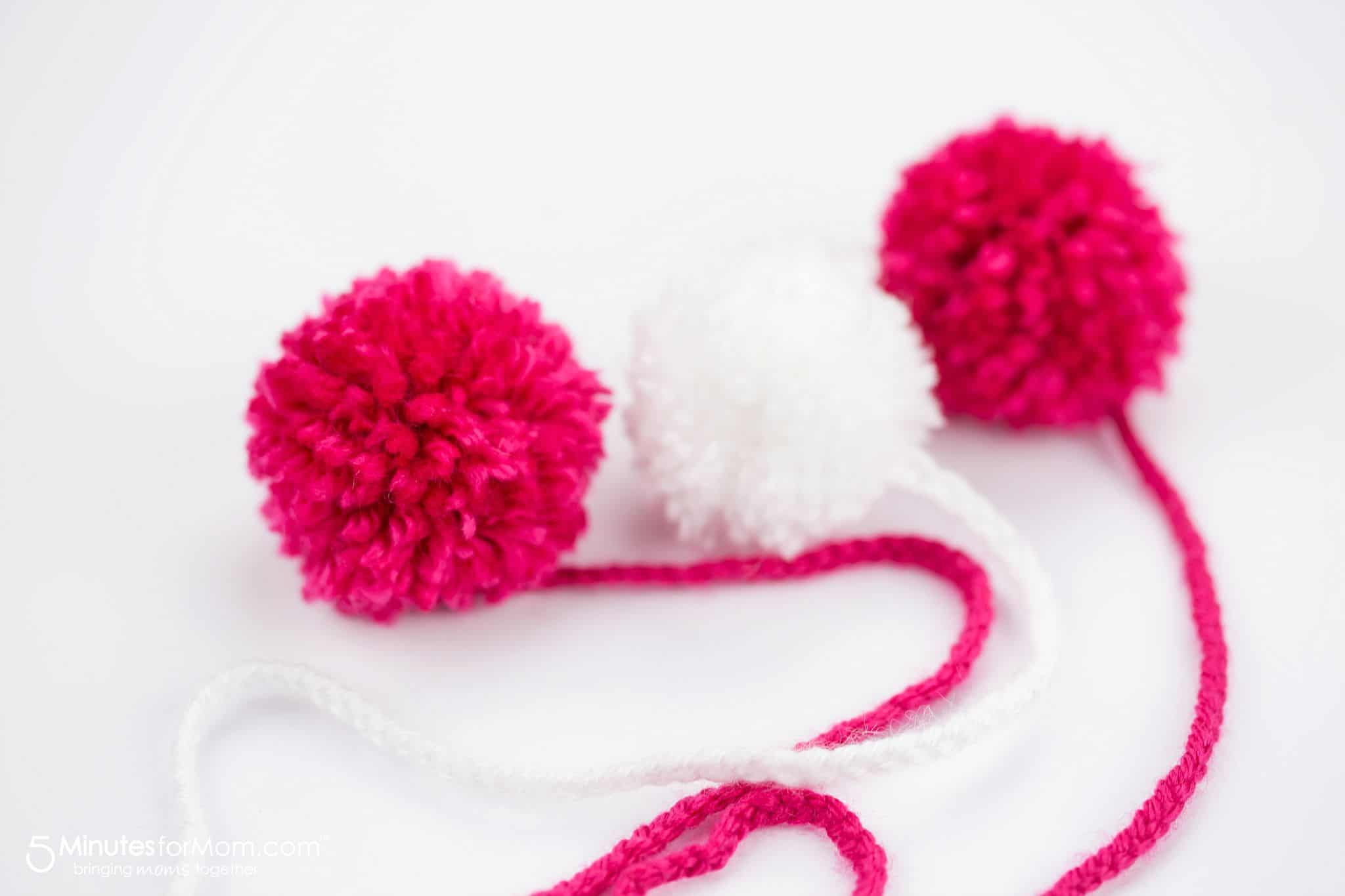 how to make yarn poms