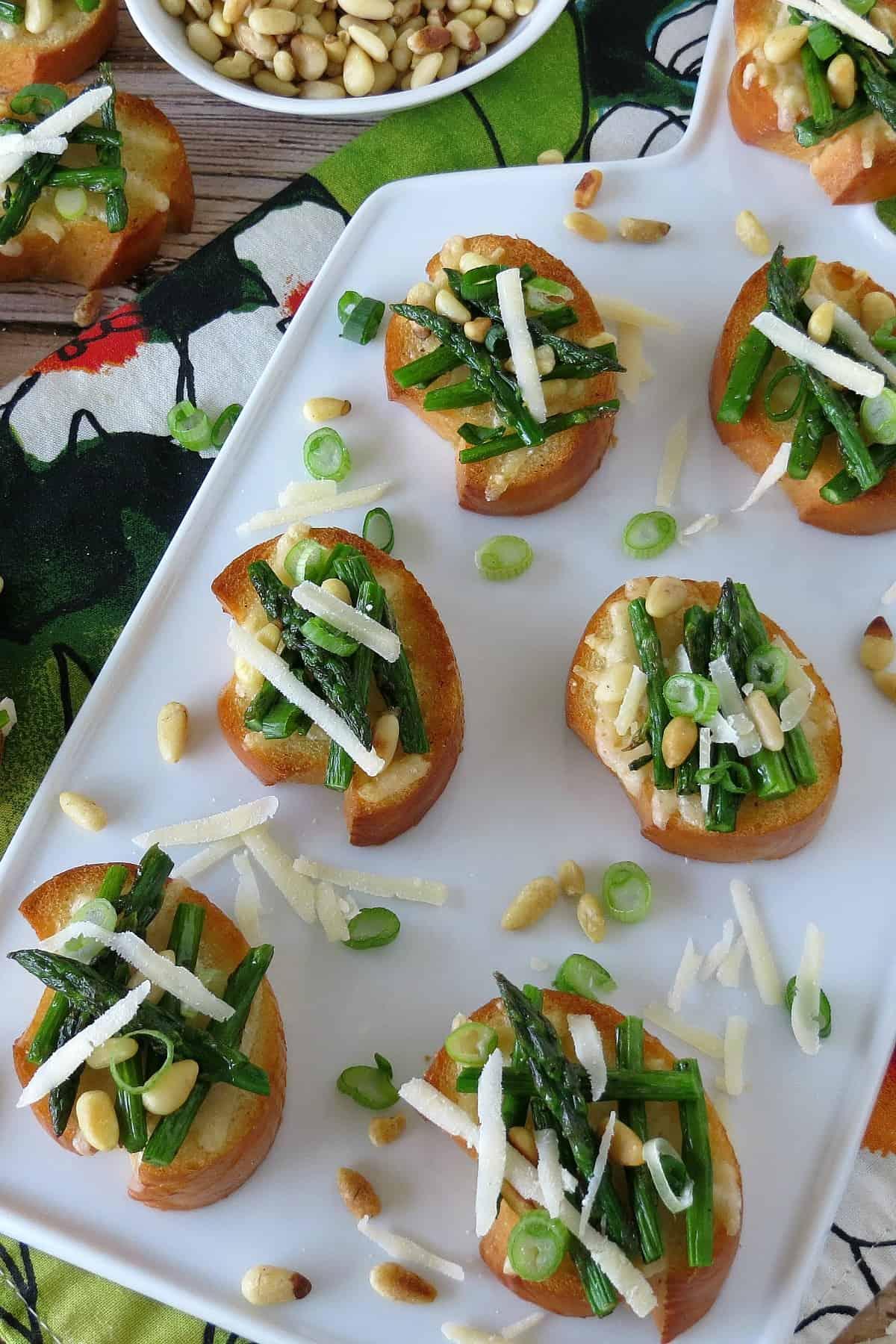 Roasted Asparagus and Parmesan Crostini - Appetizer Recipe