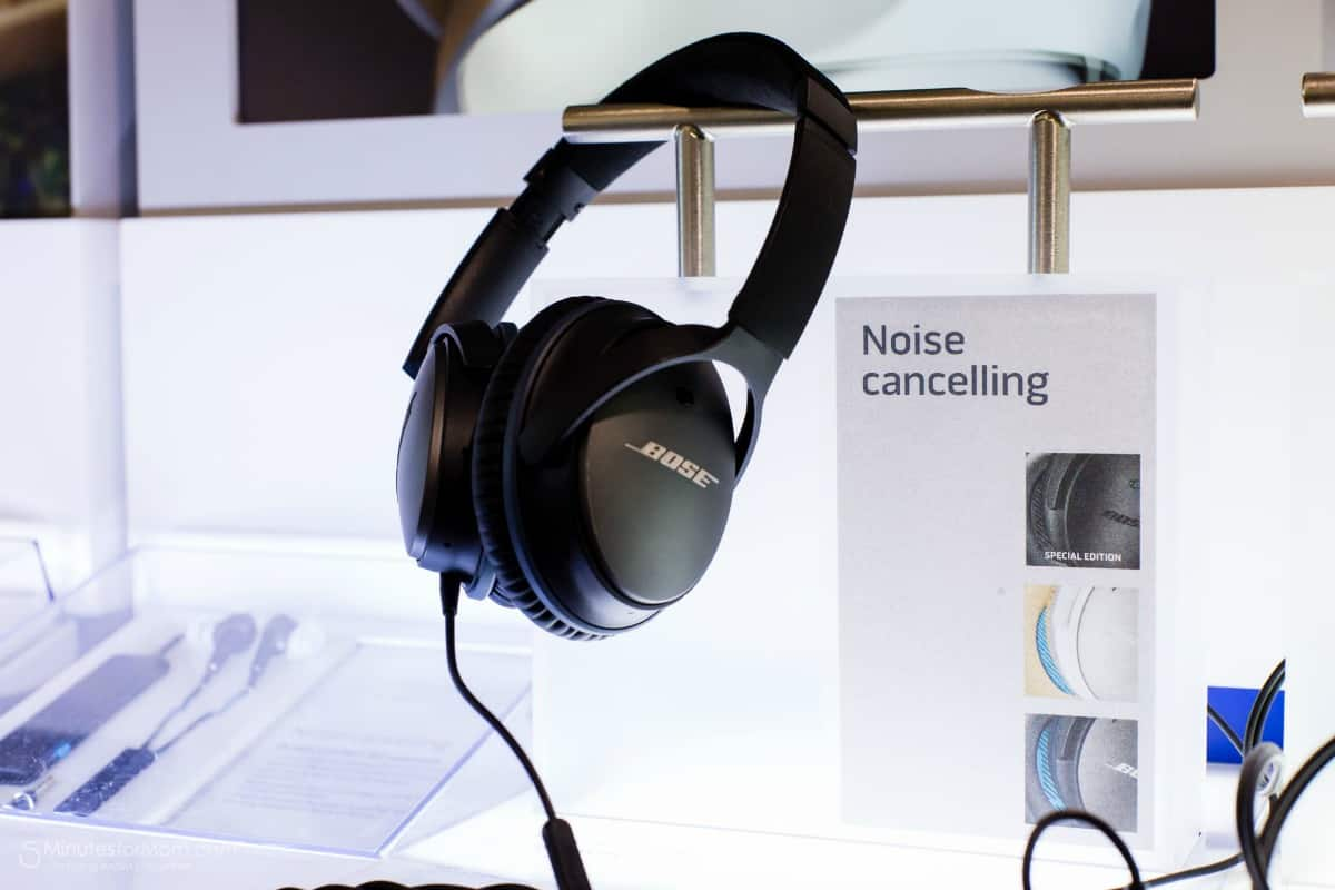 Tech Gift Idea - Noise Cancelling Headphones