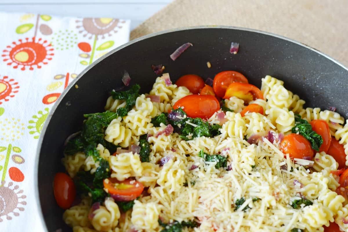 pasta-kale-skillet-dish