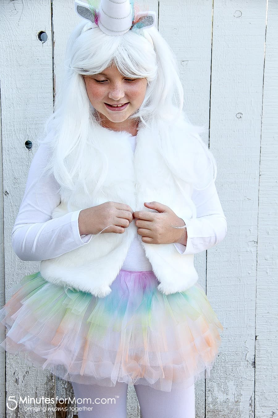 how-to-make-a-unicorn-costume-for-kids-for-halloween