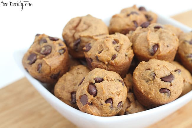 mini-pumpkin-chocolate-chip-muffins-from-two-twenty-one
