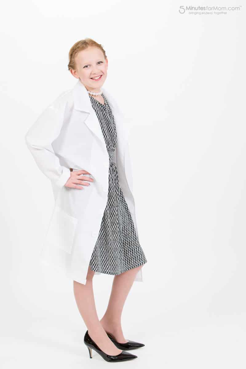 woman-scientist-costume-4837