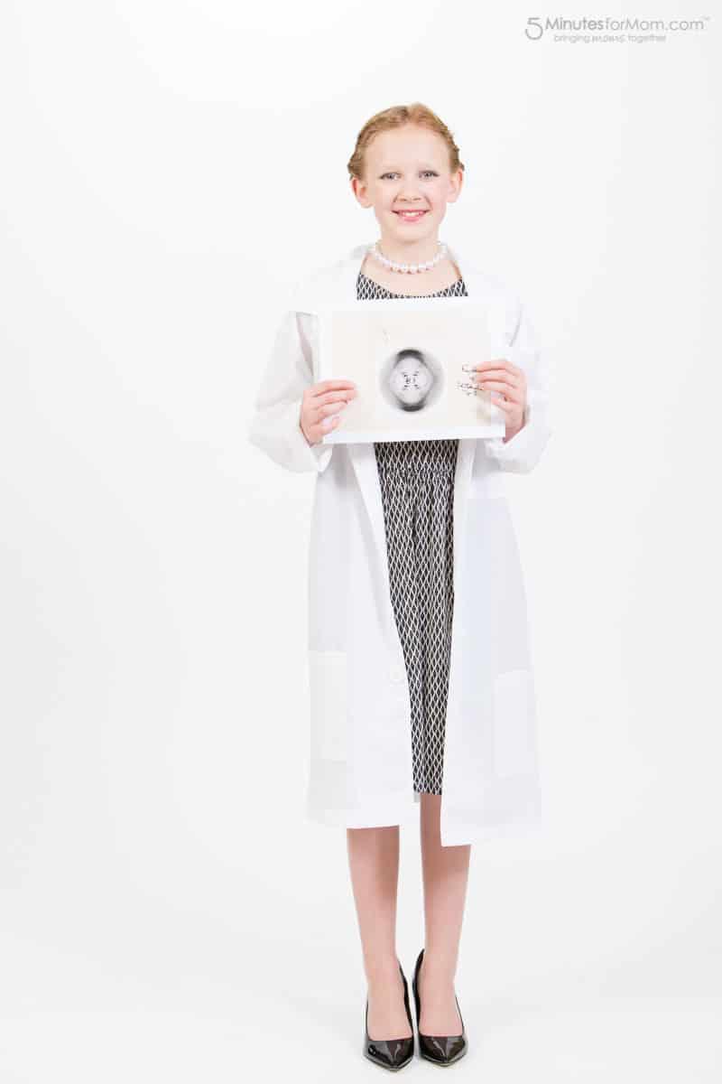 woman-scientist-costume-4857