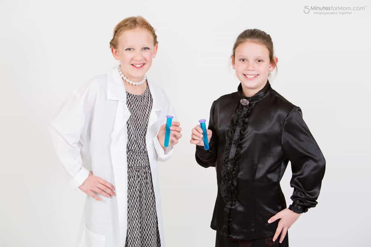 woman-scientist-costume-4924