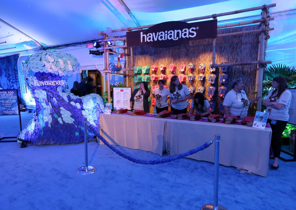 havaianas stand at the Premiere Party for Moana
