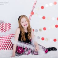 DIY Christmas Trees – Alternative Ideas for Decor and Photo Backgrounds