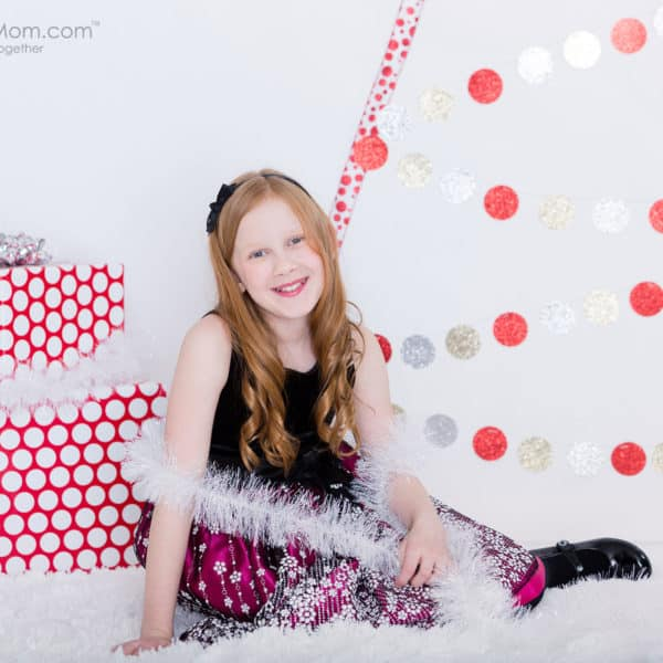 DIY Christmas Trees – Alternative Christmas Tree Ideas for Decor and Photo Backgrounds